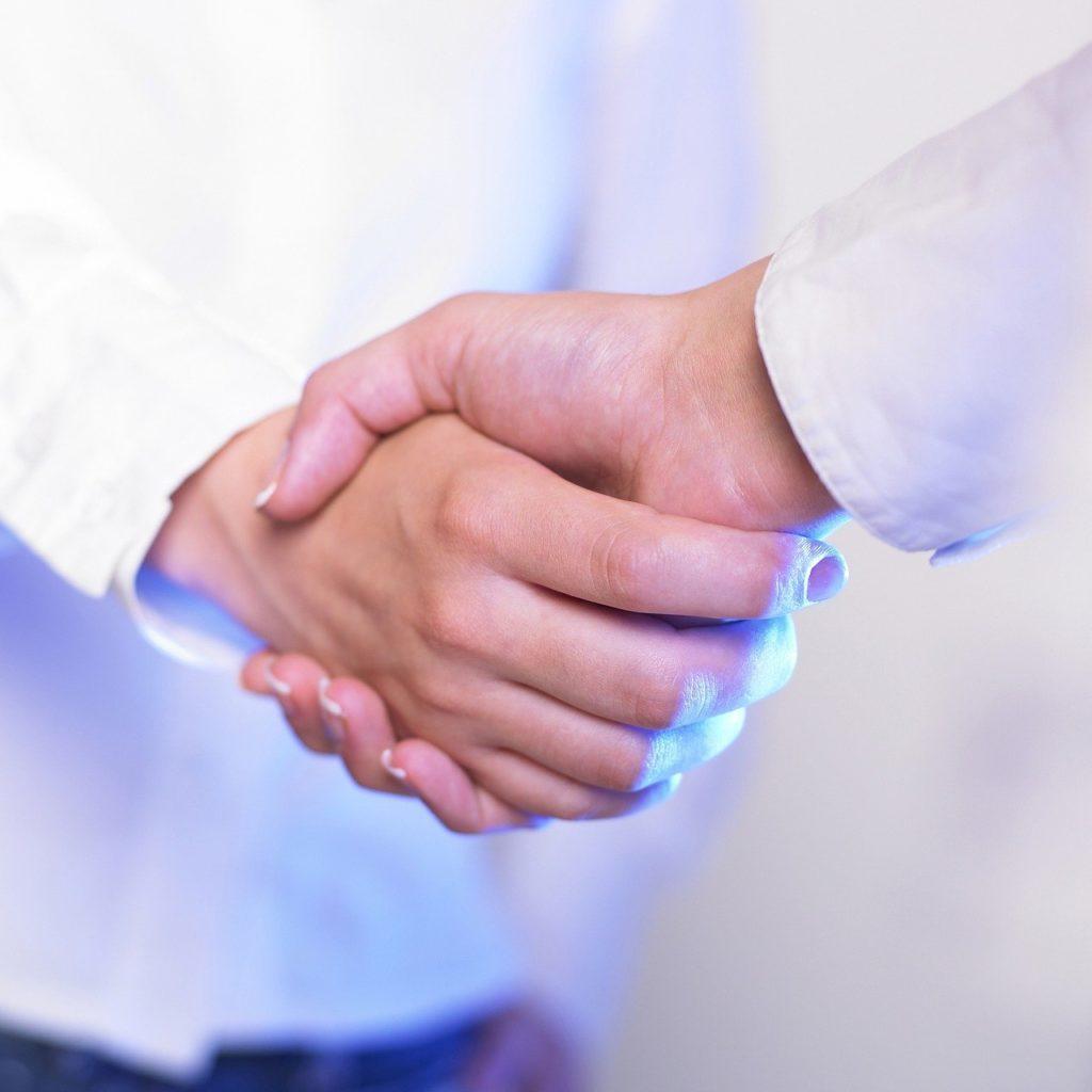 לחיצת יד